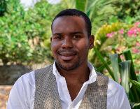 DeVon Solomon : Associate